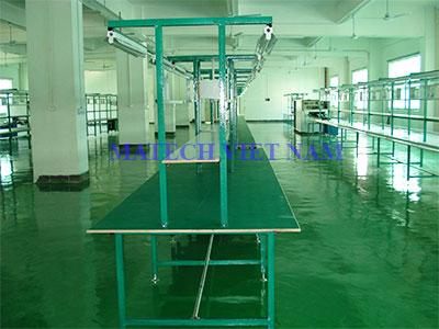 Bàn thao tác khung thép dây truyền sản xuất điện tử