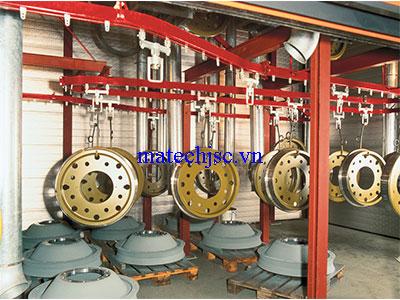 Băng tải xích treo nhà máy sản xuất phụ tùng ô tô