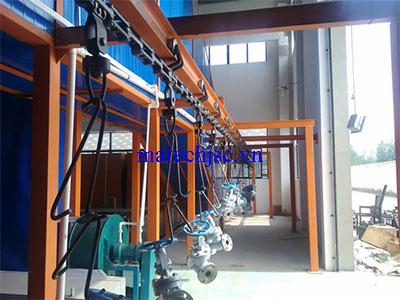 Băng tải xích treo nhà máy sản xuất cơ khí