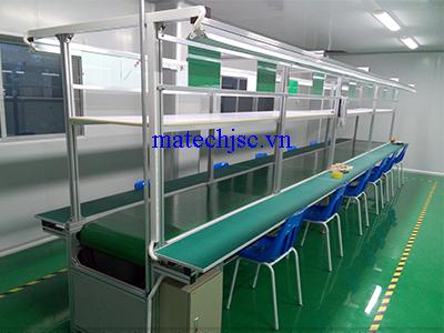 Băng truyền PVC mặt bàn gỗ